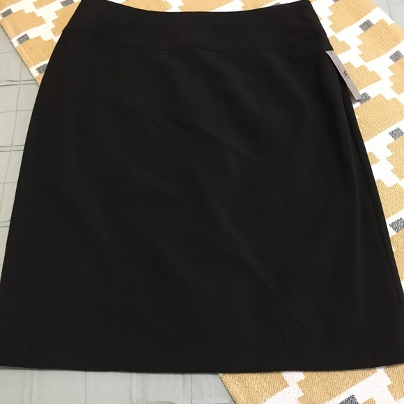 Worthington Dresses & Skirts - Worthington Pencil Skirt